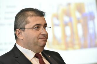 Moţiunea simplă pe Economie, respinsă. Liberalii au cerut demisia ministrului Dănuţ Andruşcă