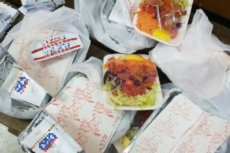 Descoperirea polițiștilor în caserolele cu mâncare ale pasagerilor unui autocar, în Constanța
