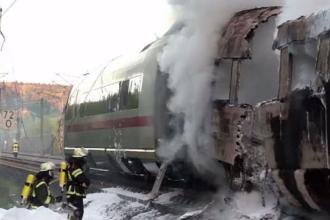 Tren de mare viteză, cuprins de flăcări în Germania. Oamenii au sărit pentru a se salva