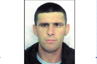Cine este suspectul care a înjunghiat două persoane în gara Slatina. Bărbatul s-a predat