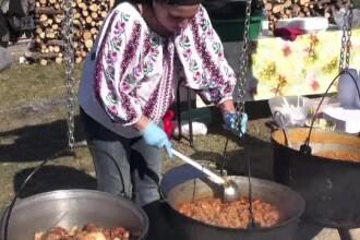 Sărbătoare în Slănic Moldova. Bunătăți de la producători locali și hore, de Răvășitul oilor