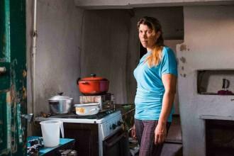 Oamenii care s-au întors să trăiască în casele lor din Cernobîl. Cum arată acum satele din jur