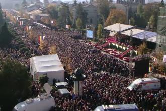 Sfânta Parascheva. Zeci de mii de credincioși s-au adunat pe o distanță de 3 kilometri