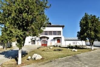 Prețul cerut pentru un conac din secolul XIX și o podgorie din Valea Călugărească