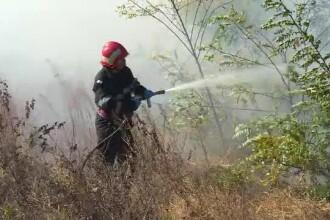Pompierii de-abia au făcut față unui incendiu. Mulți erau la exercițiul de cutremur