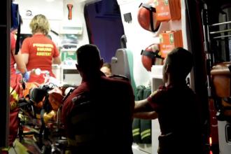Băiețel de 5 ani în comă, după ce a alunecat de pe o scară