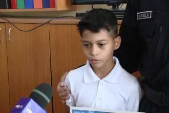 Un jandarm din Craiova i-a spus copilului său ce să facă dacă găseşte un portofel pe stradă. Ce i-a adus băiatul a doua zi