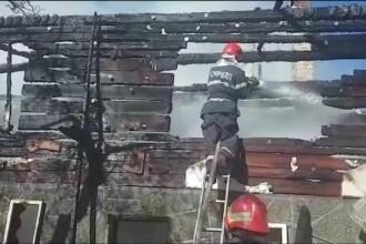 O casă din județul Brașov a luat foc în urma unui scurtcircuit