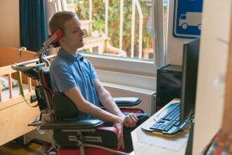O formă misterioasă de paralizie afectează copiii din SUA