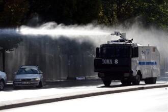 Erdogan i-a făcut cadou lui Dodon mașini anti-protestatari