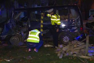 Un microbuz s-a răsturnat în apropiere de București. 3 persoane au fost rănite