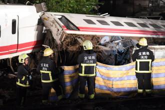 Accident feroviar cu 18 morți și peste 187 de răniți. Mai multe persoane, prinse în vagoane