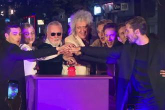 Foști membri Queen, invitați să aprindă luminile festival de Crăciun în Londra
