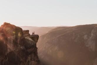 Imaginea surprinsă accidental de un fotograf în Parcul Yosemite. De ce a devenit virală postarea sa