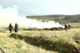 Incendiu periculos într-o localitate din Cluj, în apropierea caselor oamenilor