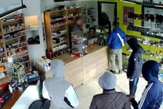 Metoda prin care proprietarul unui magazin a reușit să scape de un jaf. Ce le-a spus hoților