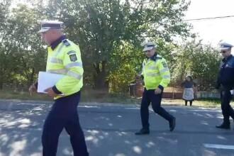 Poliţist reţinut după ce făcut accident conducând beat, apoi şi-a atacat colegii