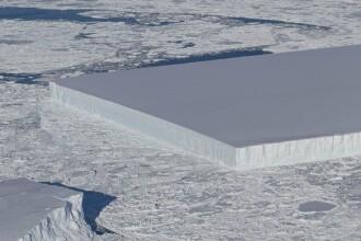 NASA a dat publicității noi imagini cu ghețarul dreptunghiular, care a uimit lumea