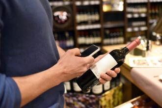 Metoda prin care un român a încercat să fure vin de 1.400 € plătindu-l totuşi la casă