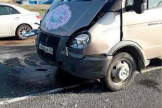Polițiștii ajunși la un accident au rămas uimiți când au văzut cine era la volan