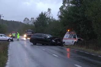 O șoferiță neatentă a izbit o ambulanță cu 2 pacienți, în Sibiu. Ce spun martorii