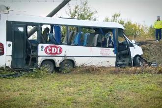 O fată de 19 ani rănită în accidentul din Ialomița se luptă să trăiască. Mărturiile rudelor victimelor