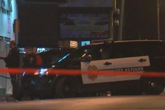 Atac armat într-un bar din Kansas City. Sunt 4 morţi şi 5 răniţi, iar autorul a scăpat