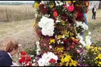 Momente tulburătoare. Victimele accidentului din Ialomița, așteptate cu o arcadă de flori