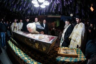 Sfânta Parascheva, cel mai mare pelerinaj din ţară. De ce este