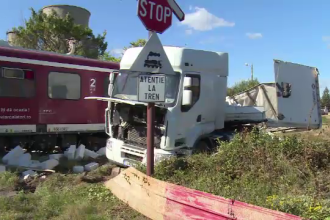 Tren de călători deraiat din cauza unui șofer inconștient. Ce a vrut să facă