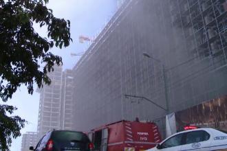 Incendiu pe un șantier din Timișoara. O clădire de birouri a luat foc