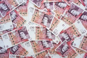 Primul buget post-Brexit. Britanicii anunță un nou record de cheltuieli