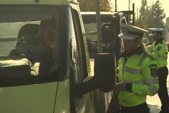 Mii de şoferi amendaţi în ultimele 2 zile. Regula nouă din Codul Rutier pe care o ignorau