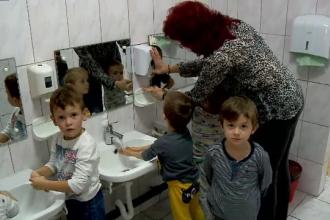 Începerea școlii a înmulțit cazurile de hepatita A. Multe instituții nu au apă și săpun