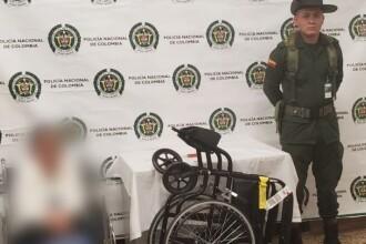 Cocaină descoperită în scaunul cu rotile al unei bătrâne. Detaliul care a dat-o de gol