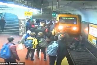 Momente de panică la metrou. Reacția pasagerilor după ce o femeie a ajuns în fața trenului
