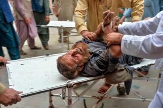 Masacru într-o moschee. Peste 60 de oameni au fost uciși în timp ce se rugau