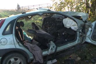 Accident grav provocat de un șofer beat în Iași. Doi morți și un copil rănit grav