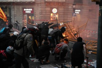 Implicarea României în protestele violente din Barcelona. Ce se află în spatele revoltei