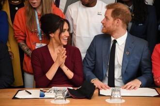 Harry şi Meghan se retrag din rolurile de prim-plan din familia regală britanică şi vor fi independenţi financiar