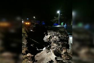 Impact frontal pe o șosea din județul Cluj. E uluitor ce au păţit şoferii