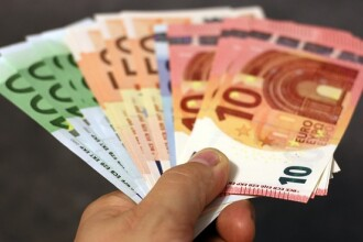 Cîţu: România a împrumutat în ianuarie de pe pieţele internaţionale 3 miliarde de euro