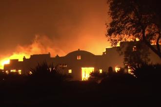 200.000 de oameni evacuați în California. Metoda extremă folosită de pompieri