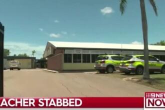O elevă de 11 ani și-a înjunghiat profesoara în spate cu un briceag