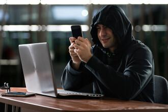 """A apărut înșelăciunea """"mesaj de la șef"""". Cum încearcă infractorii cibernetici să ia banii de la firme"""