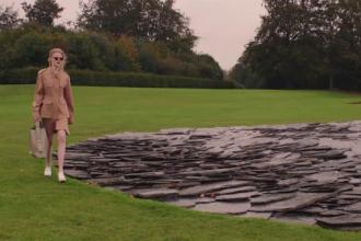 Stella McCartney mizează pe moda sustenabilă. Cum arată colecția de primăvară-vară 2021