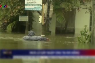Inundații de proporții în Vietnam, unde un oraș a fost înghițit de ape. Cel puțin 17 persoane au murit