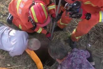 Copil căzut în fântână, salvat de pompieri. Era la 20 de metri sub pământ