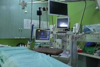 Medicii din Târgu Mureș au reușit să reconstruiască piciorul unei fetițe, strivit de un camion