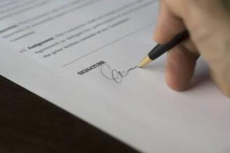 """Ministerul Educației, despre declarația pe propria răspundere: """"Recomandăm să fie semnată"""""""